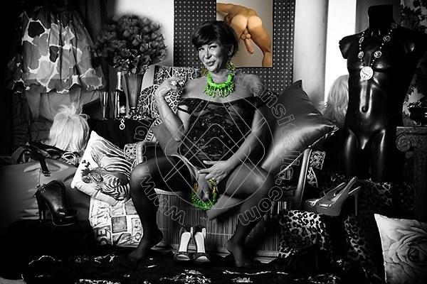 Foto hot 4 di Mistress Elite mistress trans Bari