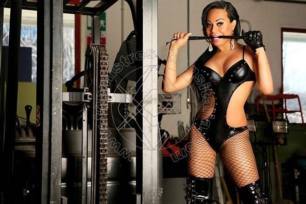 Foto 4 di Lady Gracciane Titti Xxl mistress trans Imperia