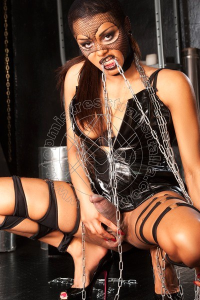 Foto hot 2 di Lady Miss Veronika mistress trans Milano