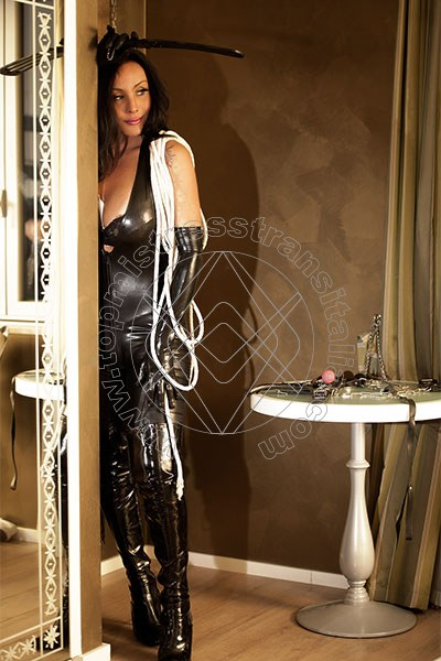 Foto 2 di Lady Sabrina mistress trans Bergamo