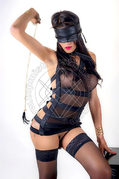 Foto hot di Suprema Bianca Marquezine mistress transex Salerno
