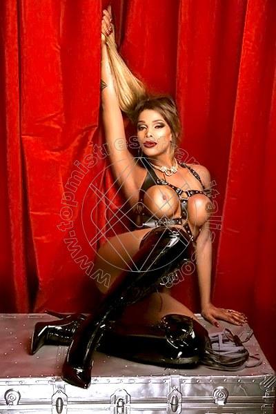 Foto 4 di Padrona Surya Souveia mistress trans Sesto San Giovanni