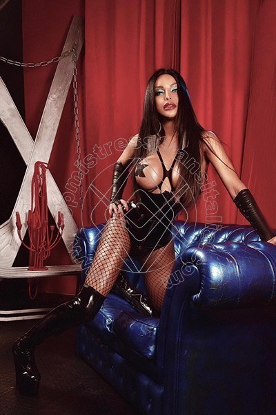 Foto hot di Padrona Lemos mistress trans Roma