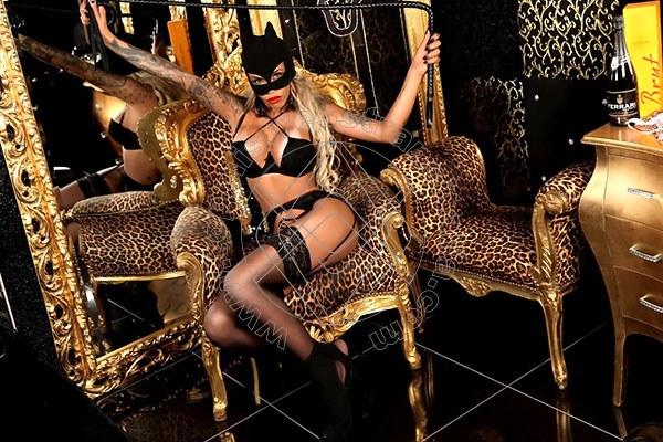 Foto 6 di Padrona Maria Knowles mistress transex Verona