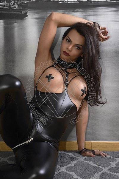 Foto hot di Madame Fox mistress trans Firenze